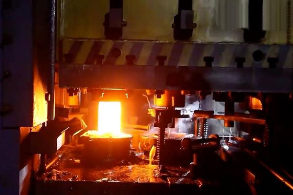 中频加热电源熔炼