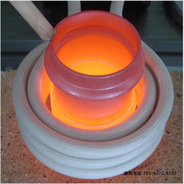 现阶段运用较为普遍的光亮退火机器锤锻模钢是4CrNiMo和4CrMnMo钢。其热处理工艺以下。