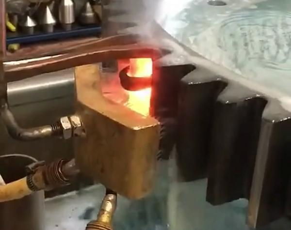 齿轮淬火机厂家